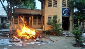 Not only the local economy suffering: police post torched in a village near Birgunj